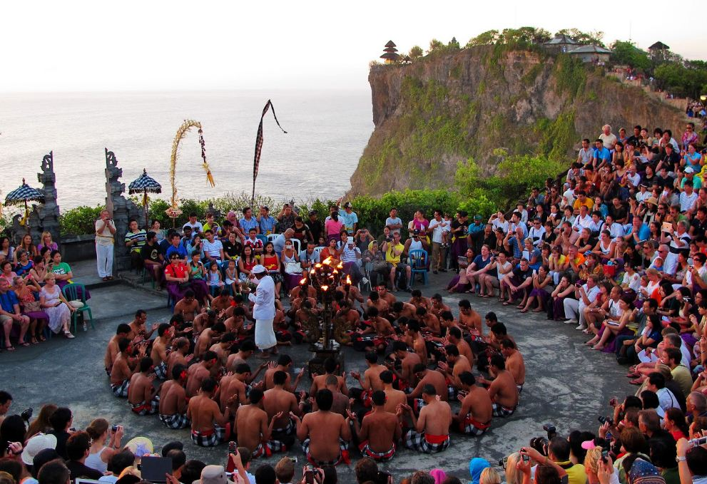 kecak dance bali travel blog (1)