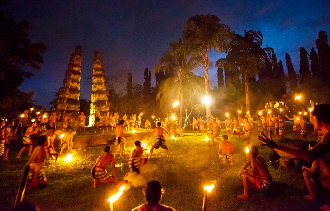 kecak dance bali travel blog (1)