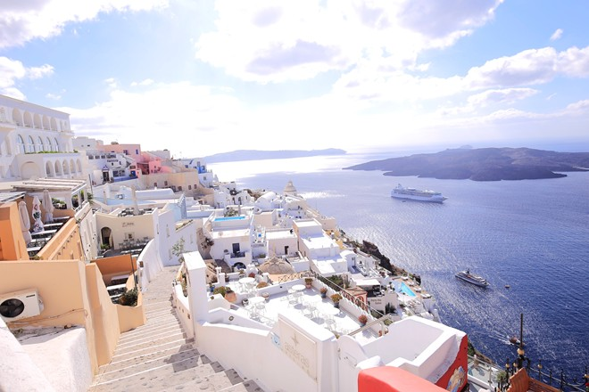 7 Santorini in white and blue