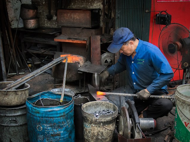Blacksmith Street in hanoi vietnam guide