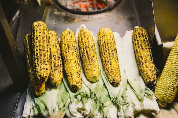 Corn-on-the-cob-turkish-food