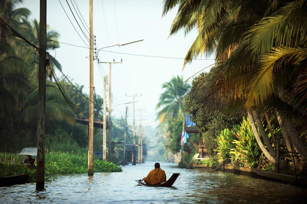 Damnoen-Saduak-floating-market-bangkok-thailand-12