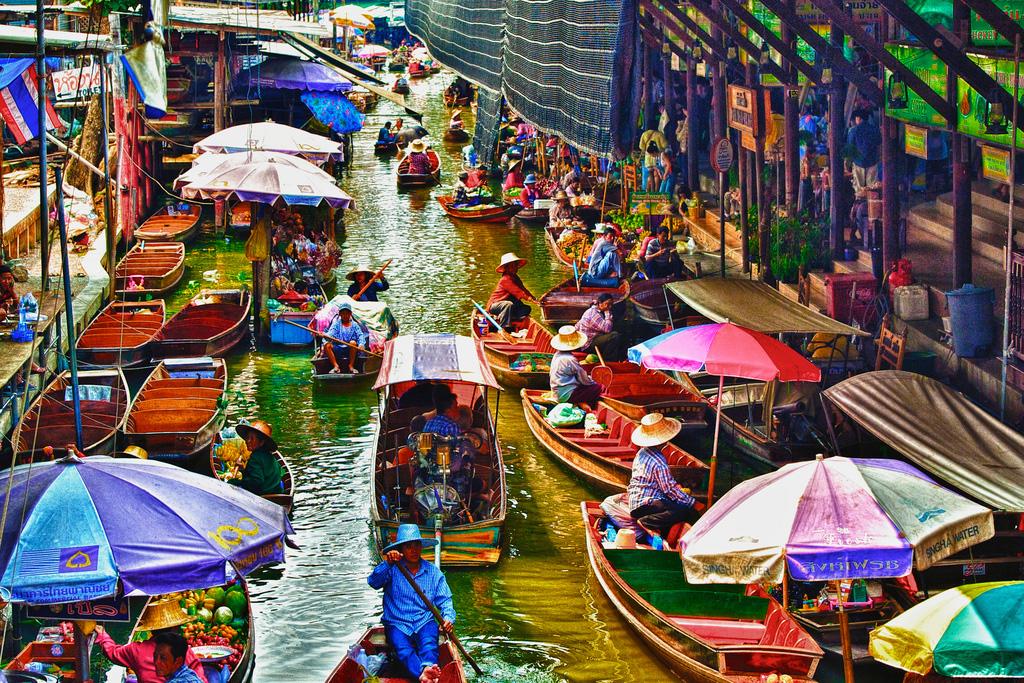 Damnoen-Saduak-floating-market-bangkok-thailand-8