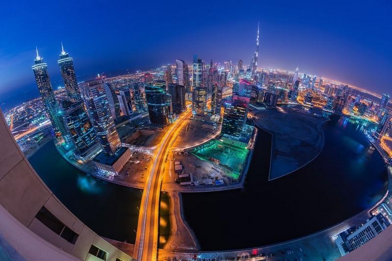 Dubai-city-in-light-at-night