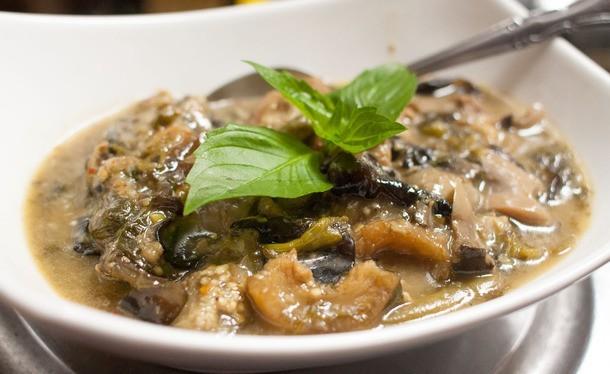 Laotian food - Or Lam