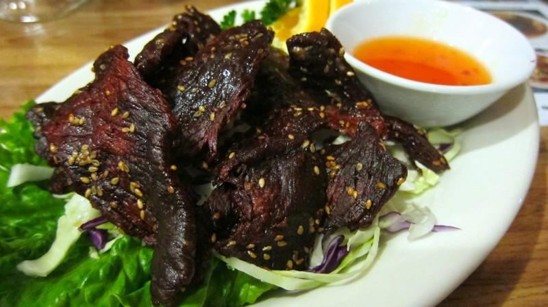 Laotian food - Sien Savanh