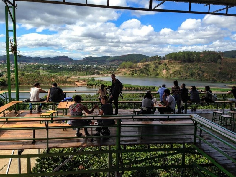 MeLinhCoffeeGarden-Dalat-A view of Cam Ly dam lake