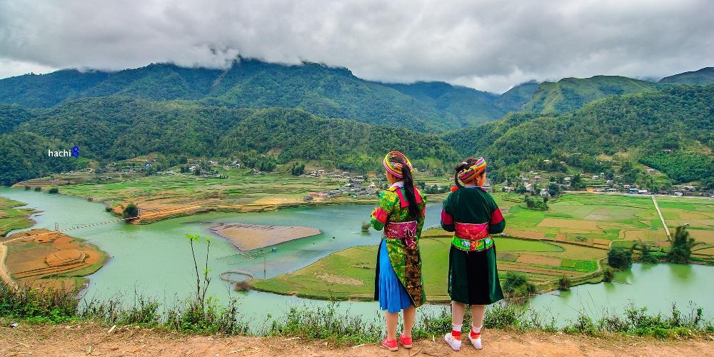 Mien river Ha Giang bloom season northwest Vietnam1