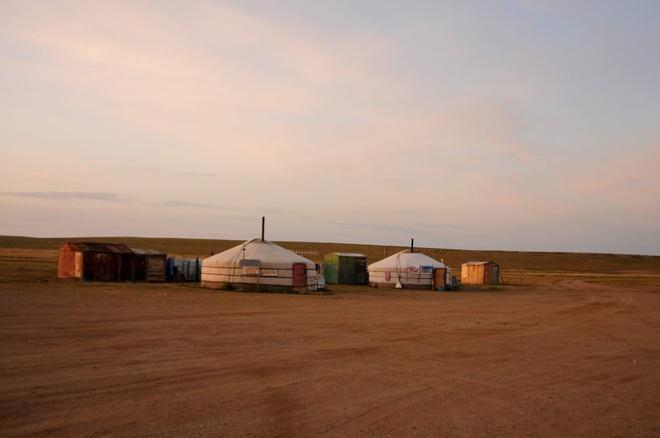 Mongolia-steppe-9