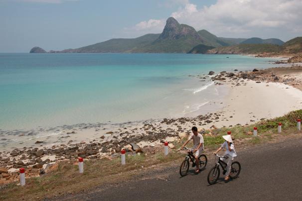 Leisure biking by the sea