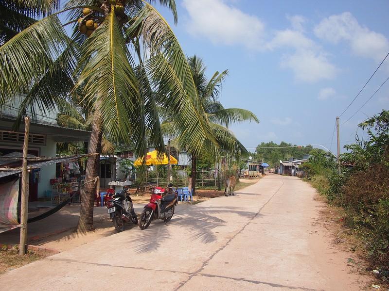 Phu Quoc Island Concrete road
