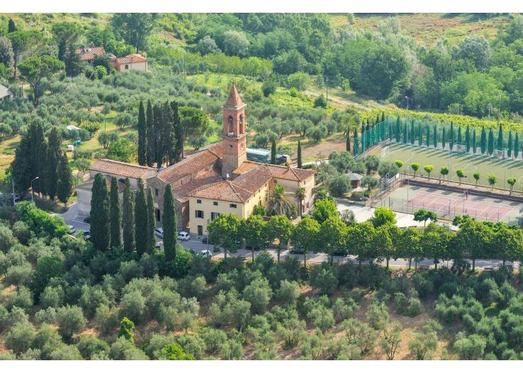 Villa-Dania-Tuscany-dining-olivers-travels-italy guide-2