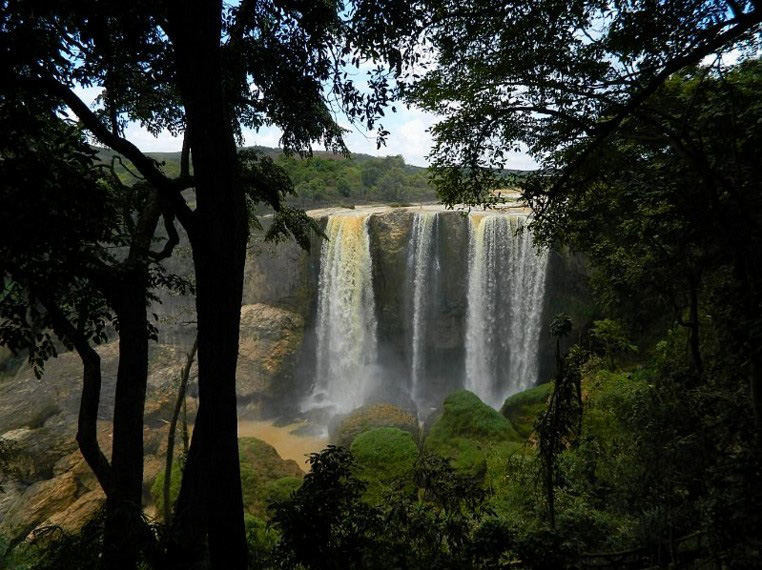 bao-dai-waterfalls-dalat-lam-dong-vietnam-tourist-attractions-24tr