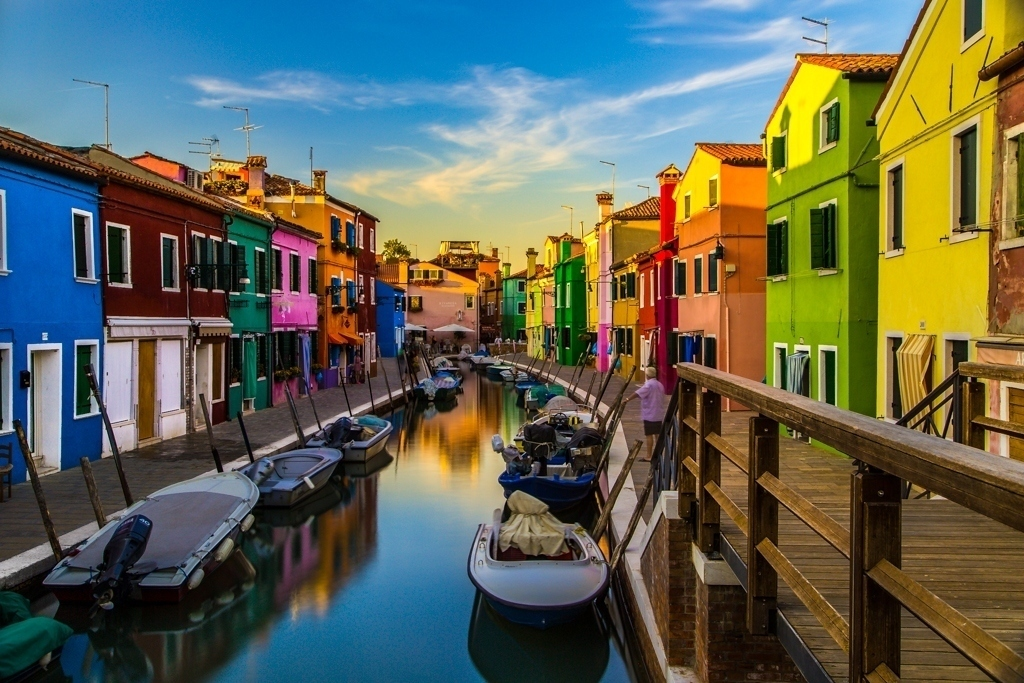 beautiful-places-in-italy-burano-island-venice