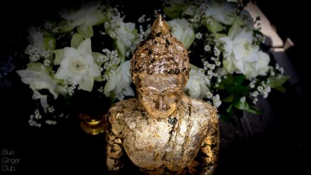 buddha-statue-bangkok-day-tours-bangkok-guide-one-day-in-bangkok-Buffalo-Tours-Essence-Bangkok-Travel-33