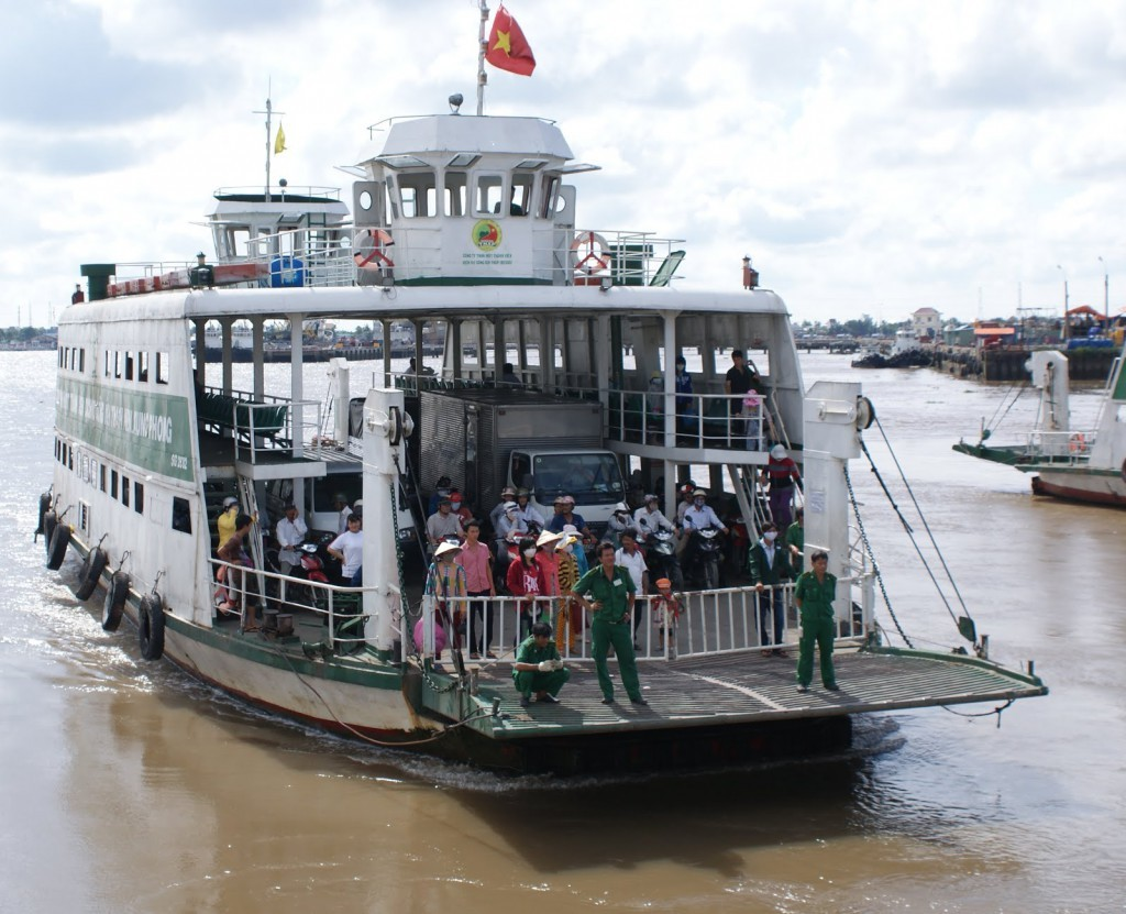 You need to cross the river on the ferry at Binh Khanh ferry landing to get to Can Gio (Photo: worldteacher-andrea)