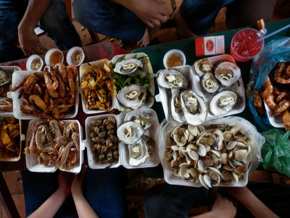You want to try delicious seafood dishes with cheap price? Then do not hesitate to come to Can Gio on this weekend.
