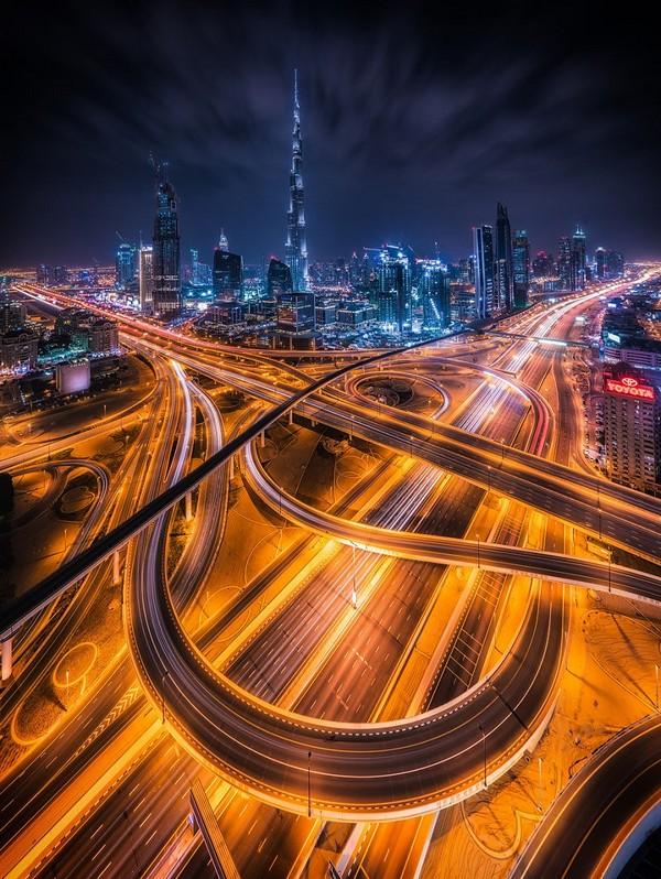dubai-city-highways-at-night