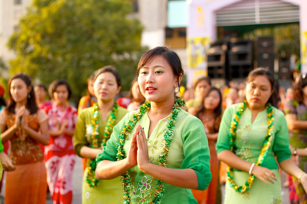 Burmese girls perform traditional dance during closing ceremony of Myanmar New Year Water Festival in Yangon, Myanmar