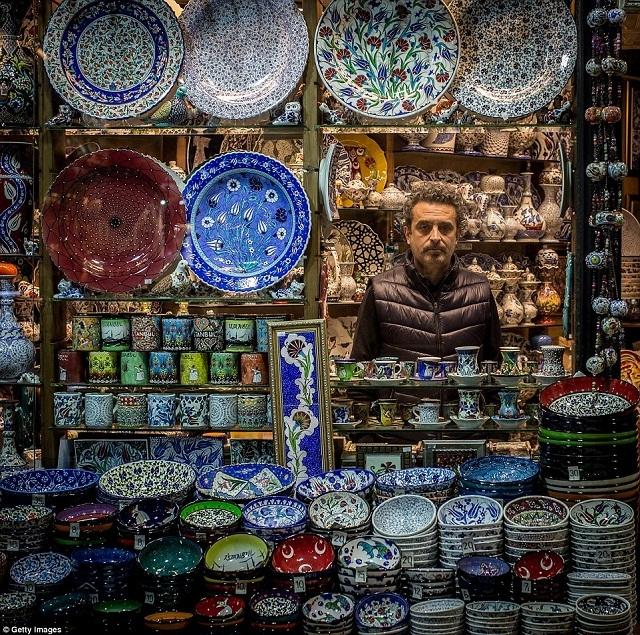 grand-bazaar-market-in-istanbul-13