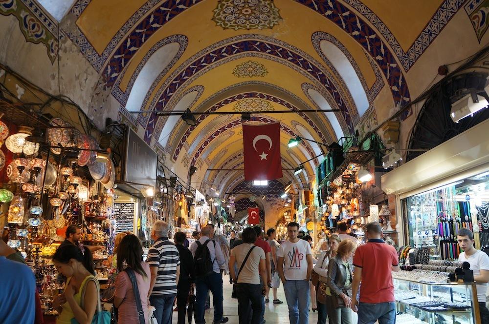 grand-bazaar-market-in-istanbul-14