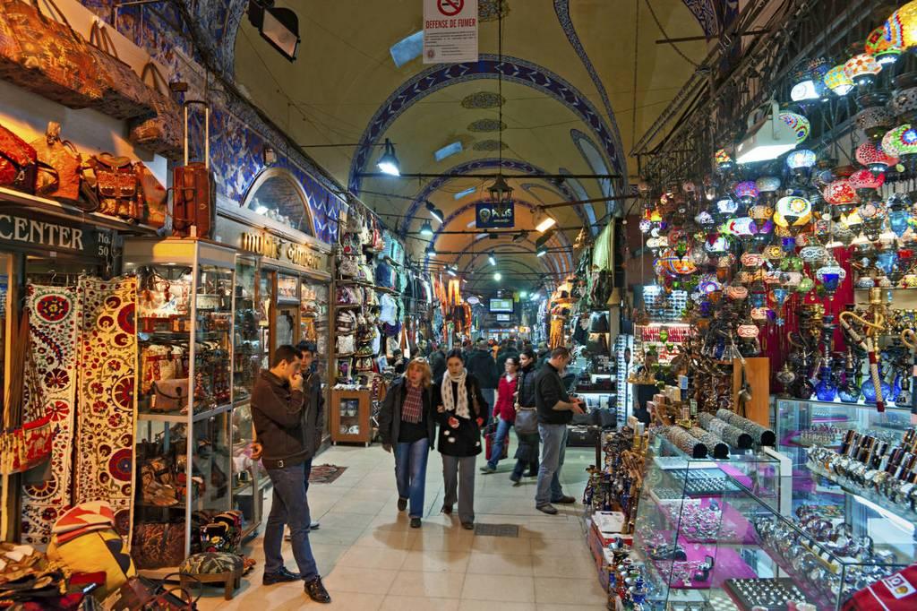 grand-bazaar-market-in-istanbul-15