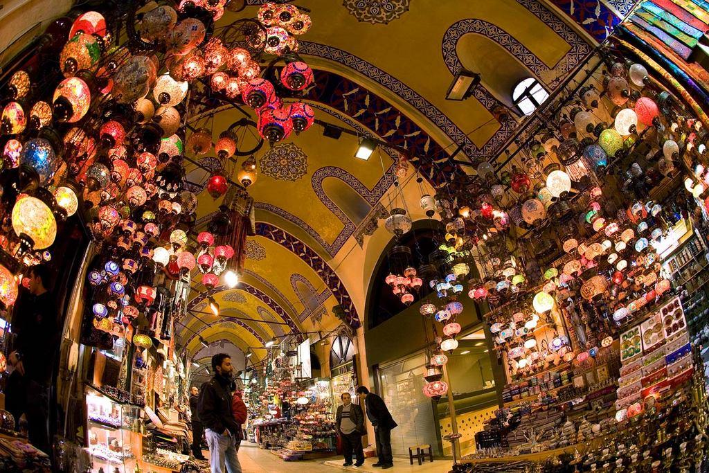 grand-bazaar-market-in-istanbul-17