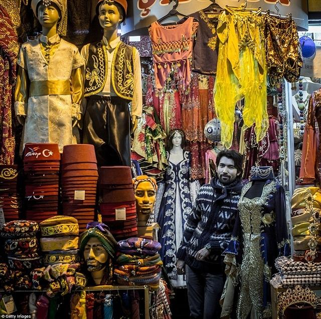 grand-bazaar-market-in-istanbul-5