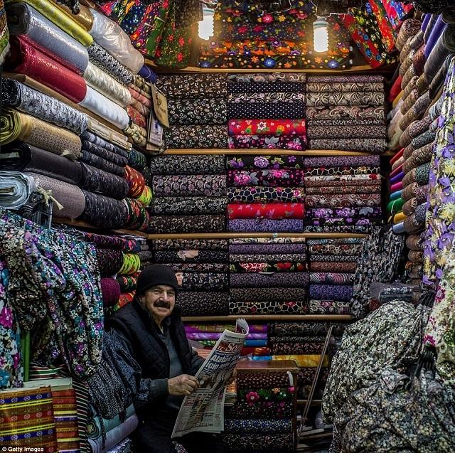 grand-bazaar-market-in-istanbul-6