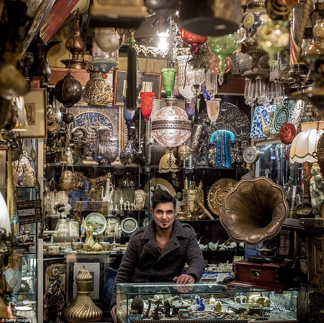 grand-bazaar-market-in-istanbul-8