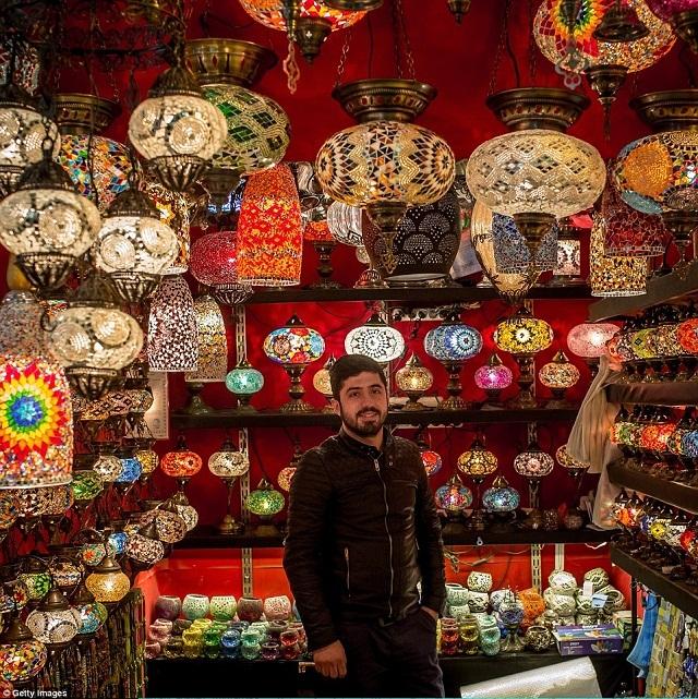 grand-bazaar-market-in-istanbul-9