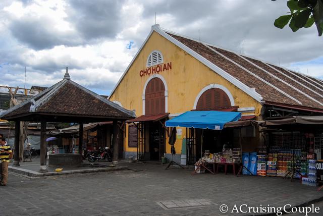 Hoi An Local Food Market