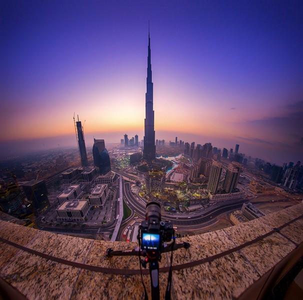 khalifa-tower-in-dubai-city