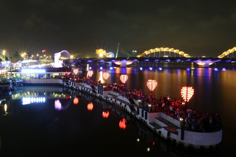 This is where couples can't miss when traveling to Danang. Photo: dituphuong.com