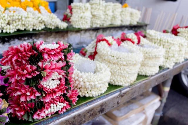 markets-bangkok-day-tours-bangkok-guide-one-day-in-bangkok-Buffalo-Tours-Essence-Bangkok-Travel-10