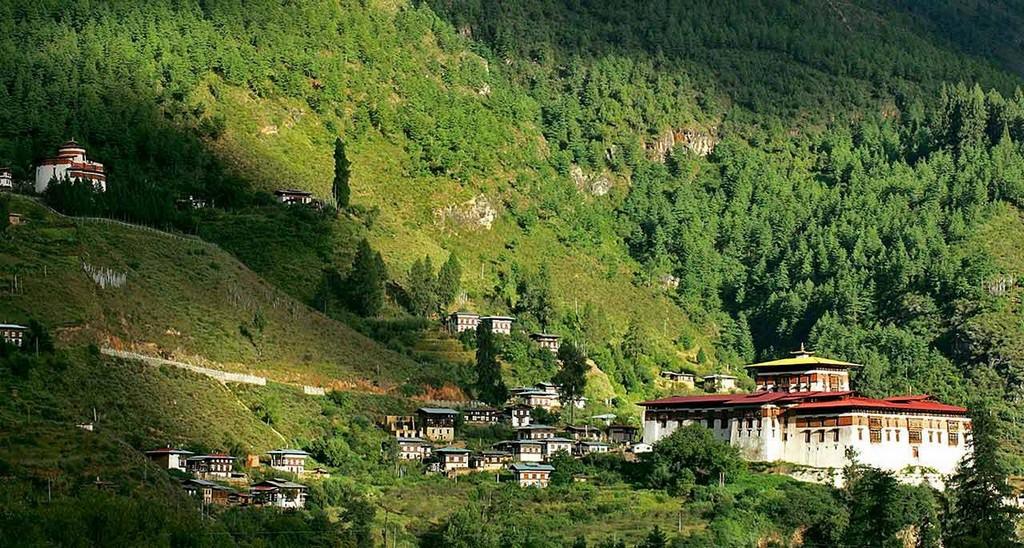 nature treks bhutan09
