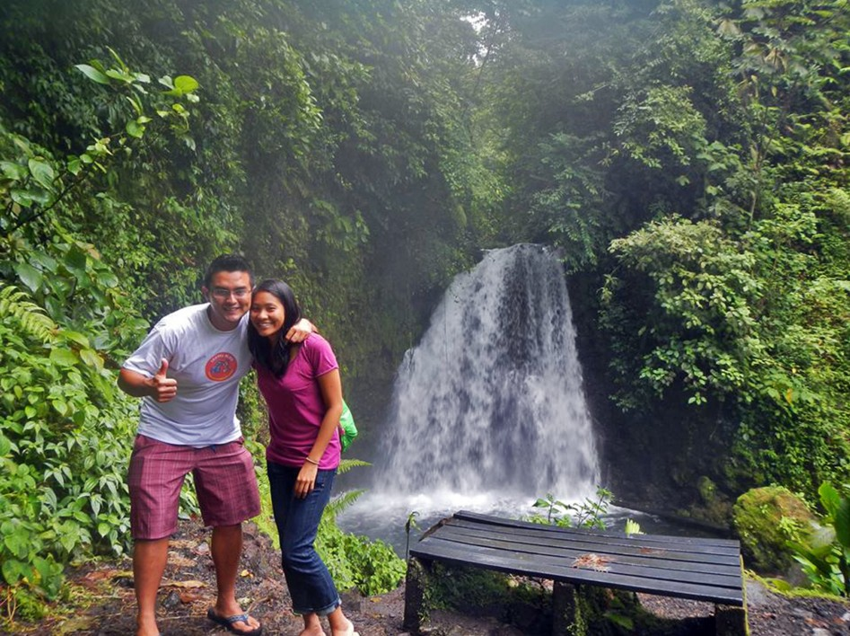 Sammi and Yeison-awesome central american waterfall. Image foreignfeasts.com
