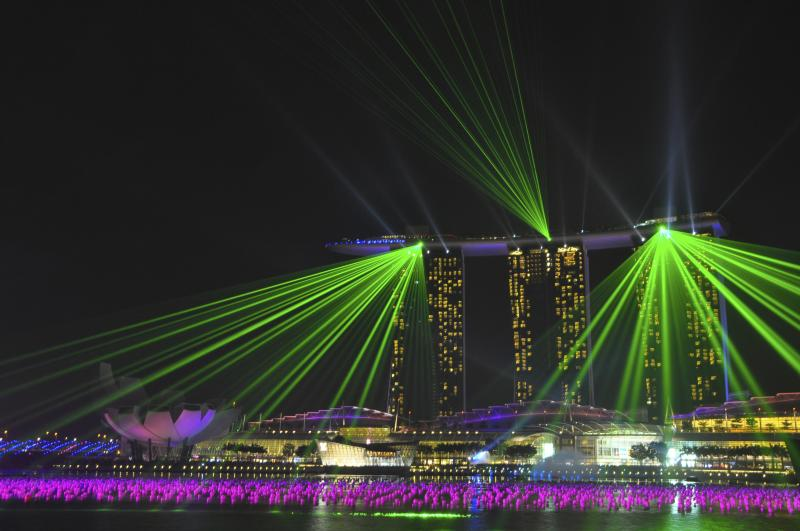 Marina Bay Sands puts on an impressive show nightly and its totally free!