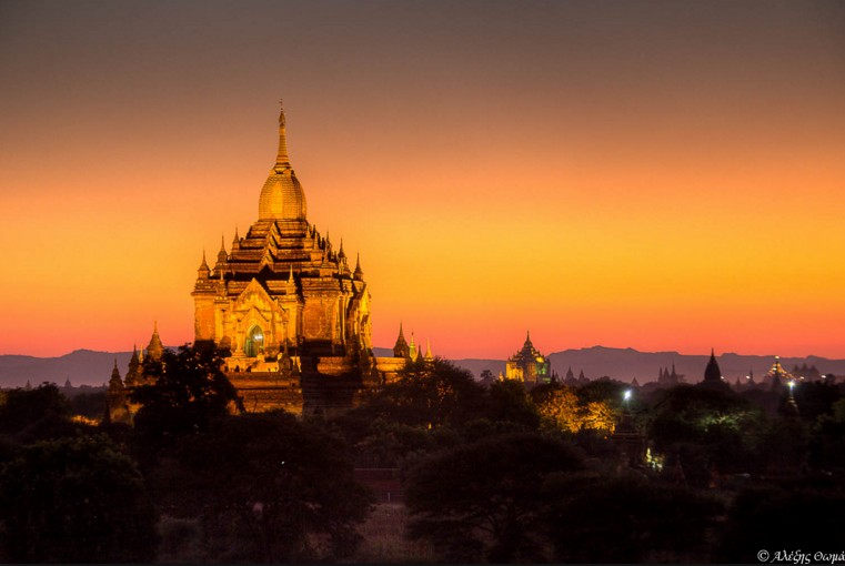 Bagan Temples Sunset. Image by mylightpaintings.com