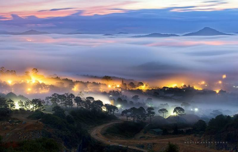 sunset-with-sea-of-clouds-in-dalat