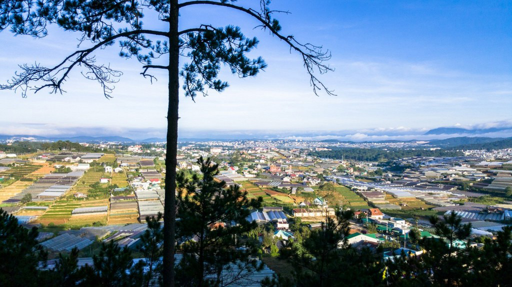 trai-mat-station-dalat-lam-dong-vietnam-tourist-attractions-cloude-hunting-3