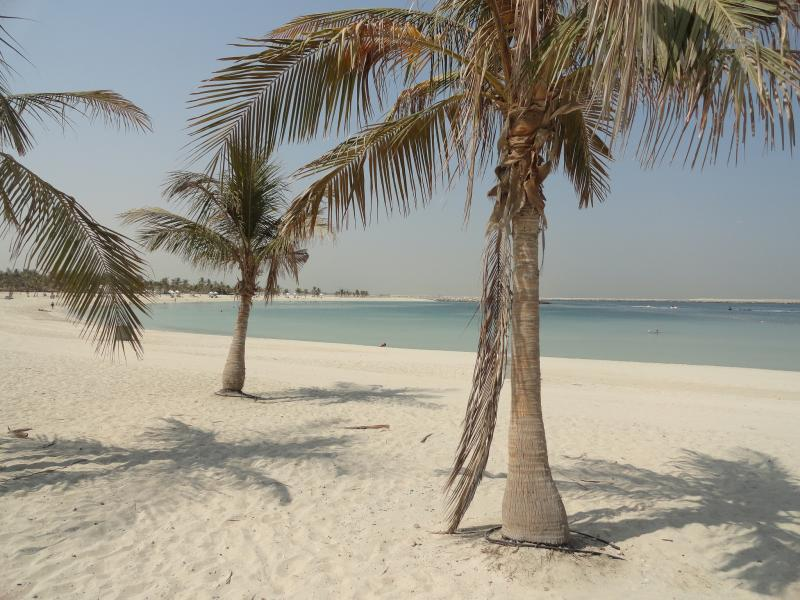 Find pristine white sand at Al Mamzar Beach Park in Dubai