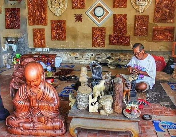 Balinese wood carvers are extremely talented and produce thousands of items for the tourist industry