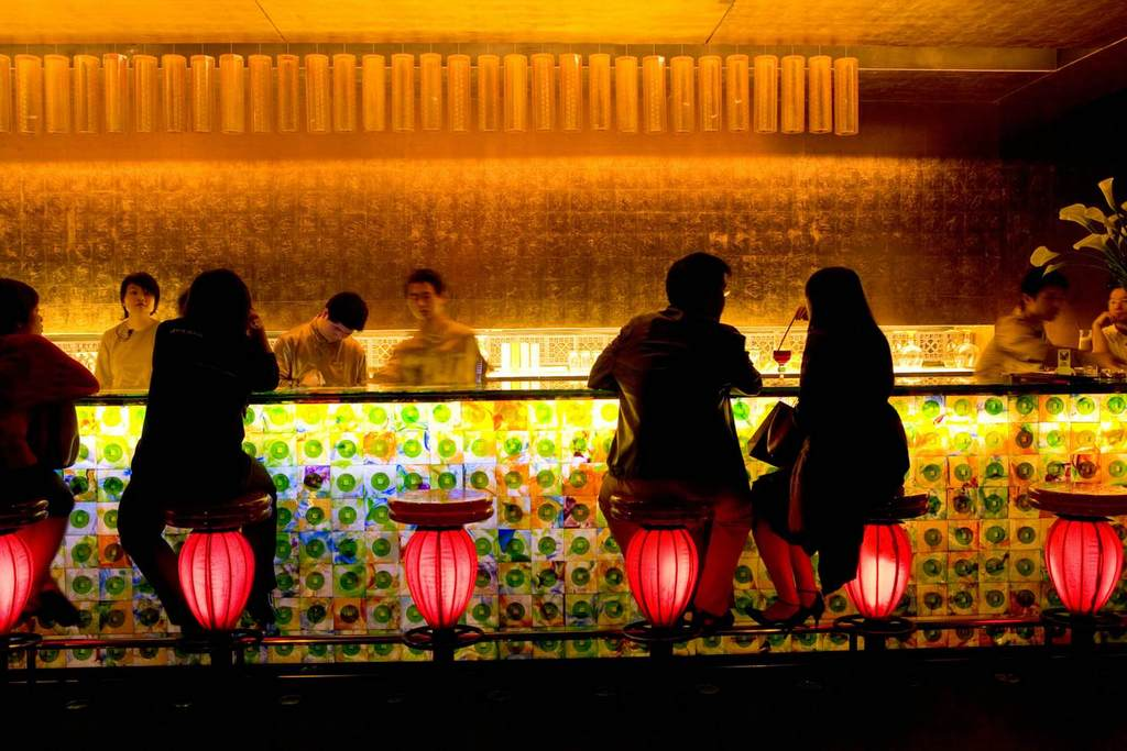 Can't score a table? Sit at the bar © Karl Johaentges / Getty Images