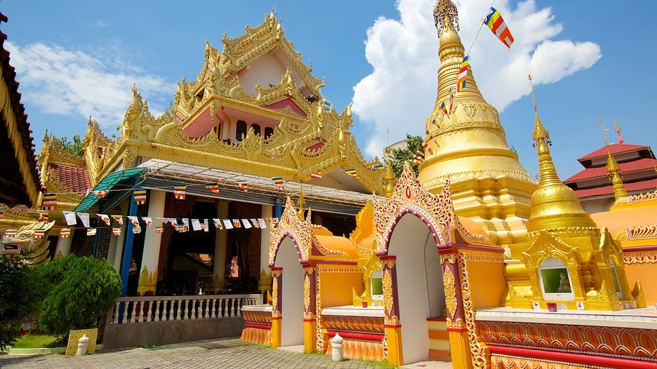 Burmese Buddhist temple Dhammikarama. Source: expedia.com.