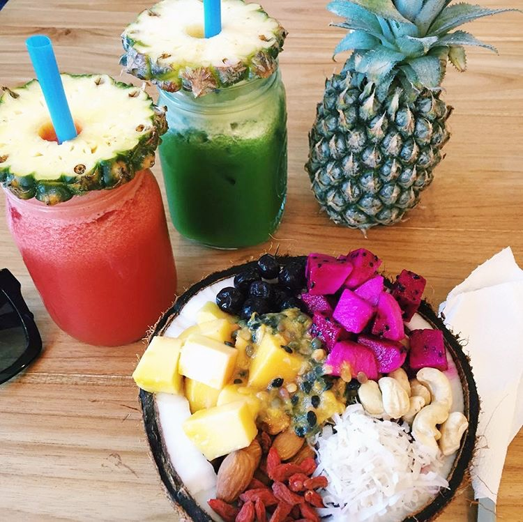 Drink fresh juice (and smoothie bowls)