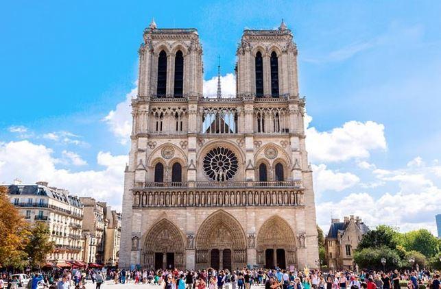 EXPLORE PARIS'S HISTORIC CHURCHES
