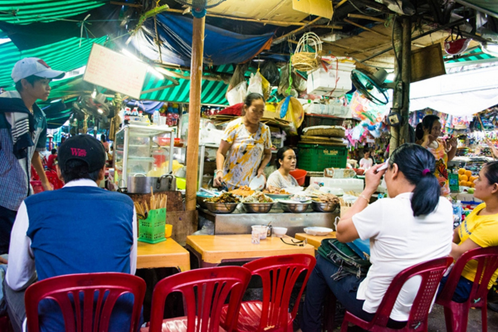 Eating and drinking market
