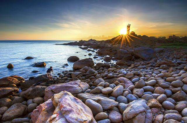 Ganh Den light house