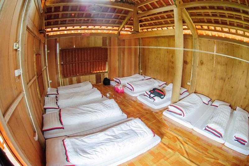 Japanese style bungalow stilt house 1